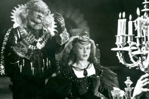 wehadfacesthen:  Jean Marais & Josette Day in La Belle et La Bete (Beauty and The Beast) 1946