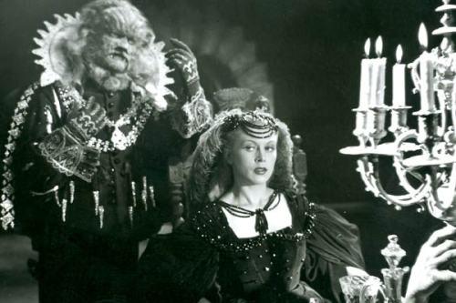wehadfacesthen:  Jean Marais & Josette Day in La Belle et La Bete (Beauty and The Beast) 1946
