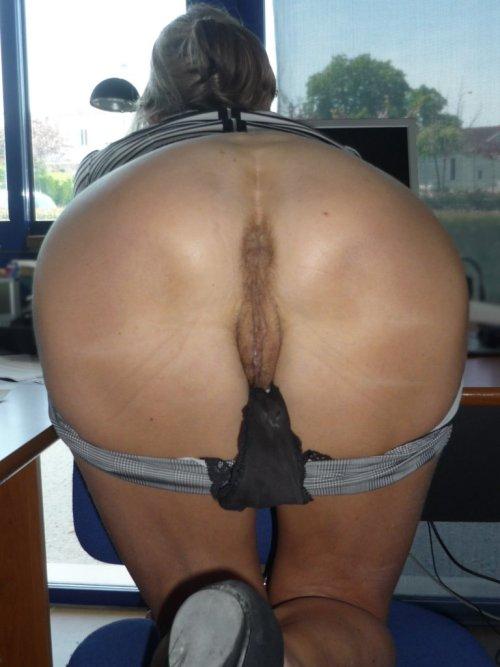 Girls watching porn pix