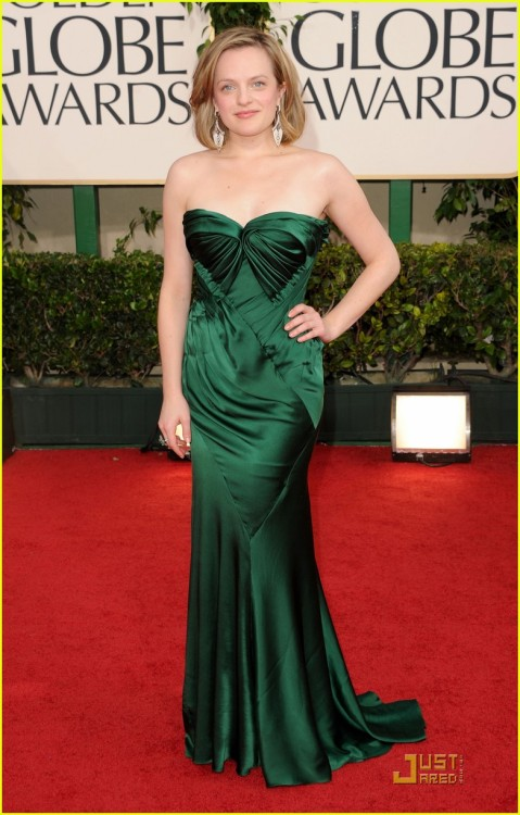 Hey Elizabeth Moss your dress matches your name! Har har! She's gorgeous and ridiculously talented. Peggy is my favorite Mad Men character!