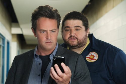 "Posted on the LOST Facebook page today: ""Dude, that dude from Mr. Sunshine looks familiar…"" Mr. Sunshine (with guest star Jorge Garcia!) debuts tonight at 9:30/8:30c on ABC, right after Modern Family. Bonus video: Matthew Perry talks LOST with Jimmy Kimmel. Perry: ""[LOST]'s my favorite thing in the history of entertainment."""