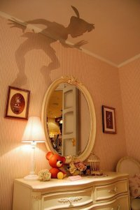 Peter Pans shadow painted onto a bedroom wall. ... | St ...