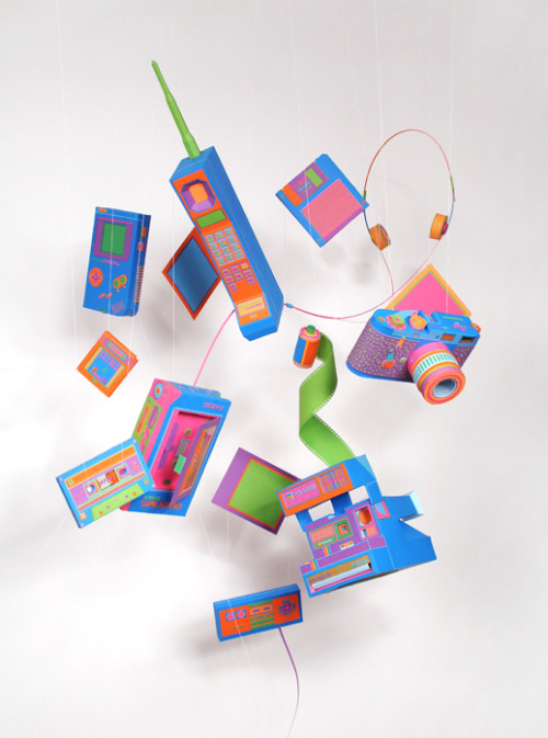 Retro Paper Design by Lucie Thomas and Thibault Zimmermann.