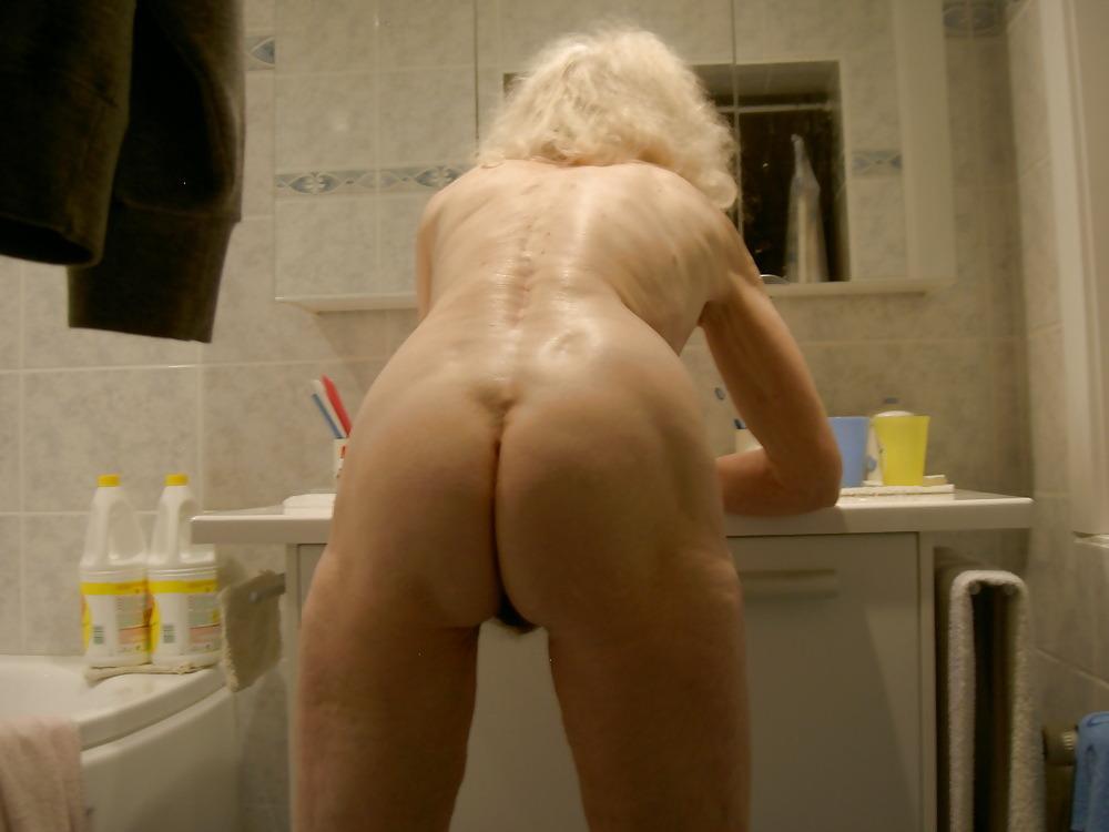 candid bathroom tumblr