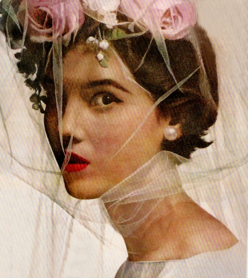 theyroaredvintage:&lt;/p&gt;&lt;br /&gt;<br /> &lt;p&gt;Photo by Irving Penn, Vogue, 1956.