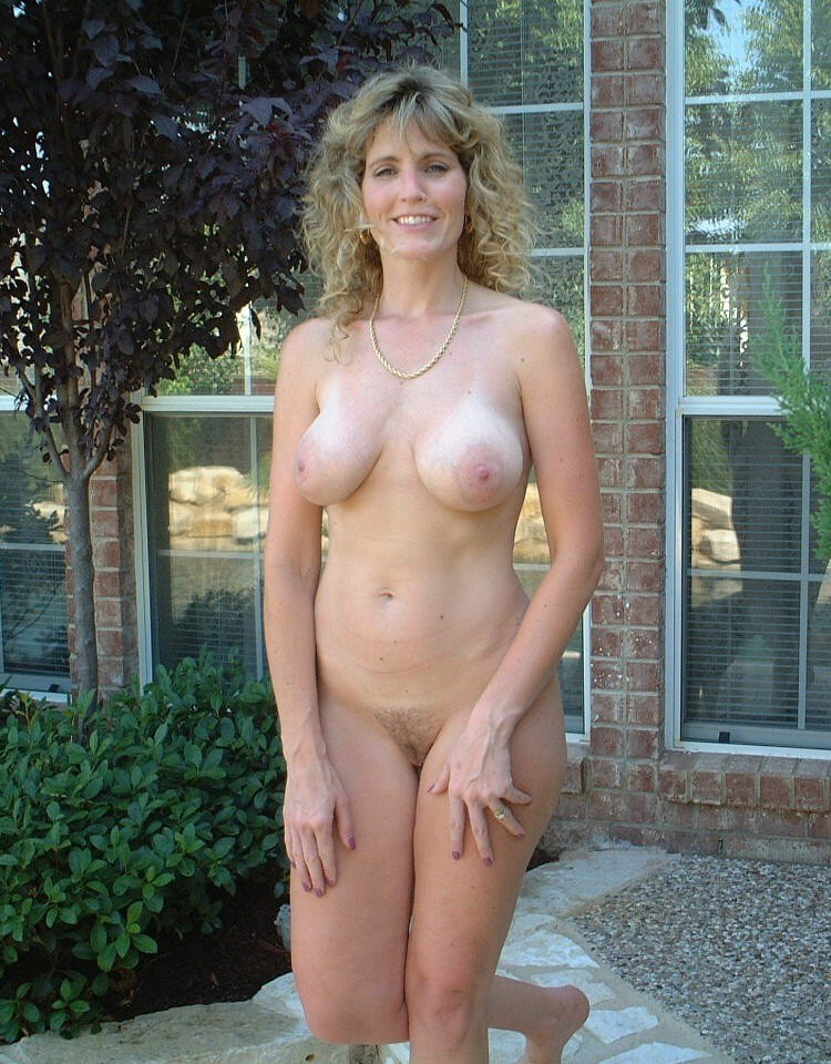 Non commercial mature naked wife club recommend
