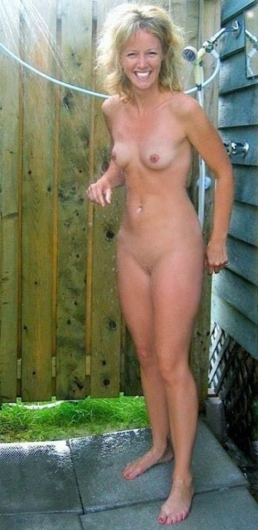 topless outdoors tumblr