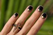 eye-catching minimalist nail