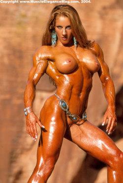 sexy muscular women
