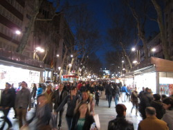 La Rambla, still packed even at night