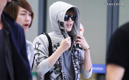 Cutie Taemin arrival @ Incheon Airport from LA 120522 -   Credit: Last Fantasy  Precious ONJONG2MIN arrival @ Incheon Airport from LA 120522 -  http://tmblr.co/ZGt9AyLwyIeb