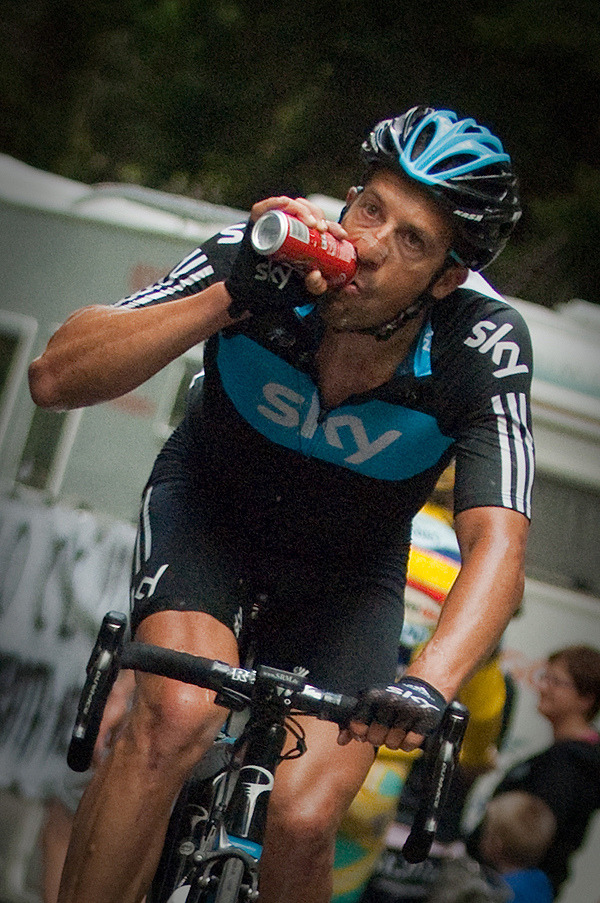 Coke can be a riders best friend -Juan Antonio Flecha.2012 Giro d'Italia - Stage 19 by Edward Madden / dotcycling.com on Flickr.