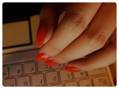 New nails!! via PhotoToaster, using these settings.