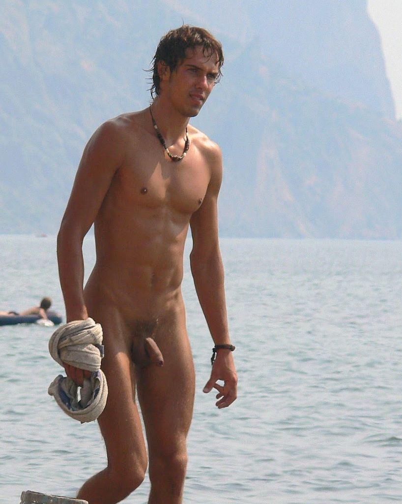 Nude beach boyz