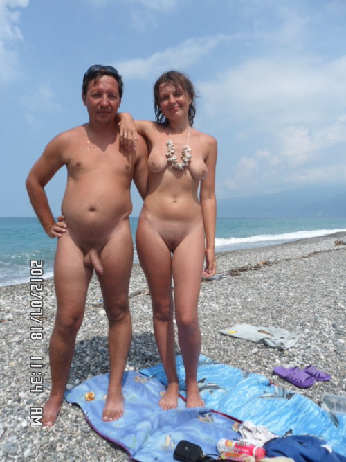 Can not Nudist beach father and daughter excellent