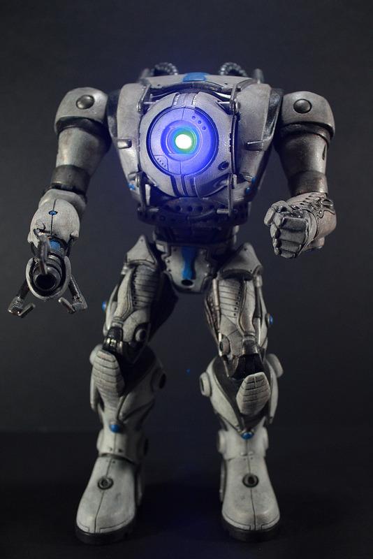 Geek Art Gallery Toys Wheatley Battle Suit