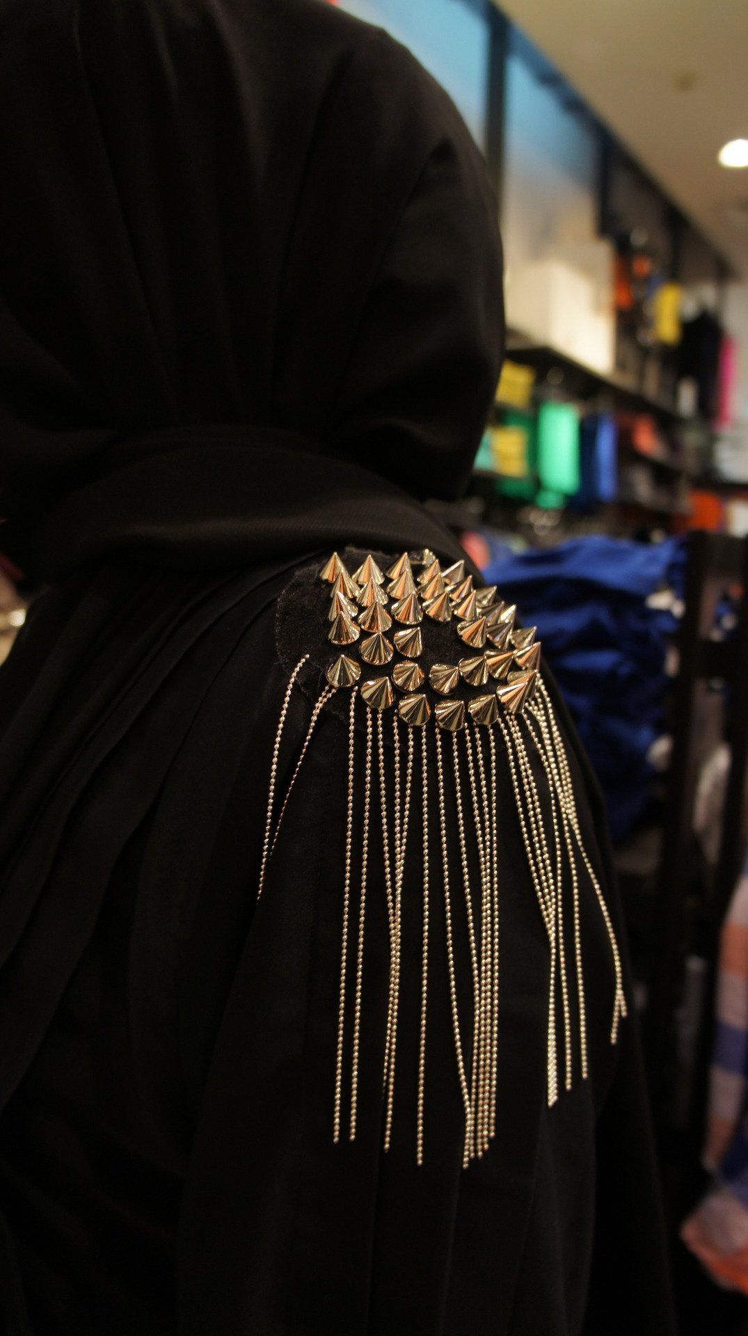 Abayas with Shoulder Spikes - Photo from nomadstyle