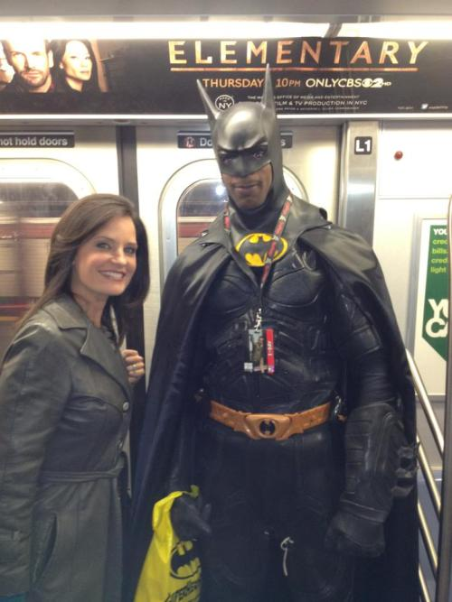former msnbc news anchor contessa brewer is as pretty as lois lane while meeting subway batman