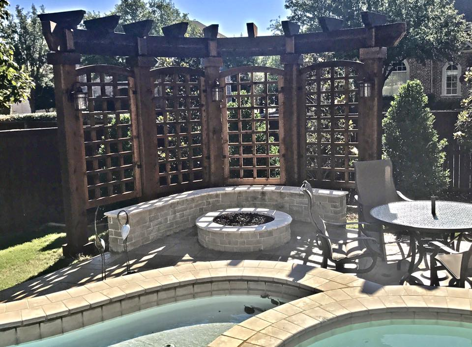Outdoor Privacy Screen Remodeling Contractor Complete