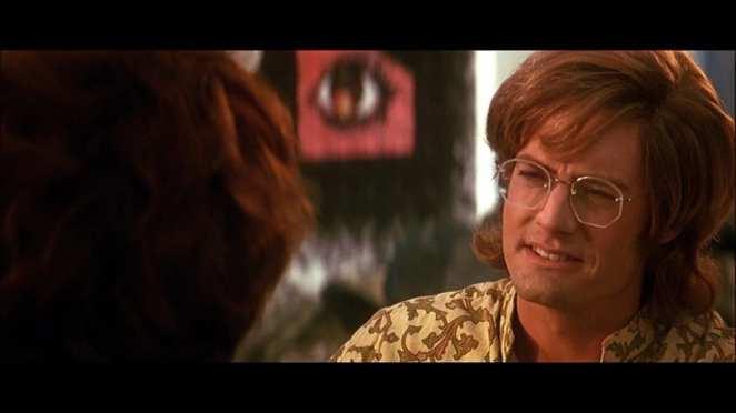 Kyle MacLachlan as Ray Manzarek in The Doors