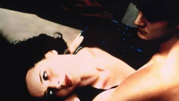 Cover of Blue Velvet movie