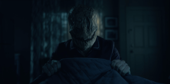 Mr. Smiley lurks at the end of Theo's bed, The Haunting of Hill House on Netflix