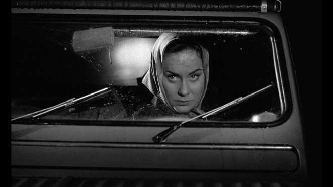 Louise drives her fashionable Citroën 2CV as she searches for new victims in Eyes Without a Face.