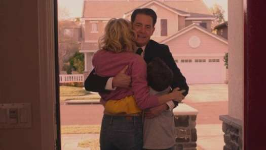 Dale Cooper creates himself a double so he can be both a family man and FBI Agent in Twin Peaks: The Return