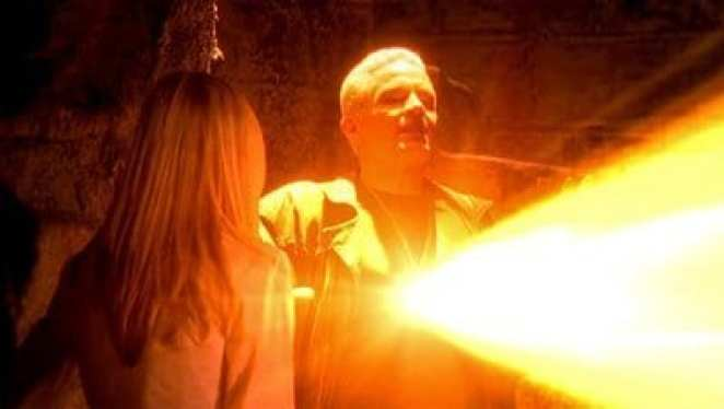 Spike sacrifices his life for the greater good in the finale of Buffy the Vampire Slayer
