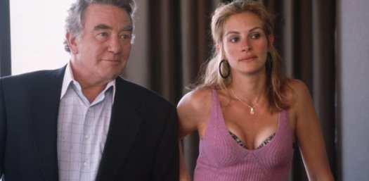 Albert Finney and Julia Roberts in Erin Brockovich