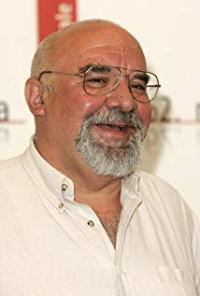 Director Stuart Gordon is one of horror's iconic directors.