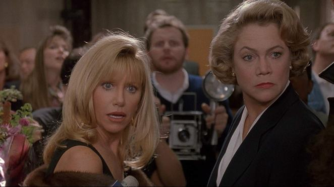 Suzanne Somers as herself with Kathleen Turner in Serial Mom