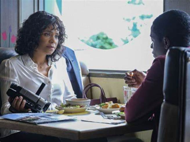 """Sanaa Lathan plays Nina, a woman with the power to rewind time to protect her son in The Twilight Zone """"Replay"""""""