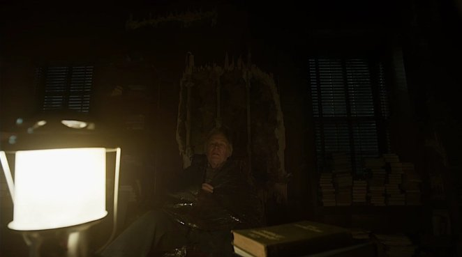 """The final moments of Chuck McGill in Better Call Saul """"Lantern"""""""