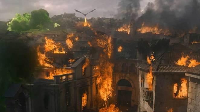 """Kings Landing burning in Game of Thrones """"The Bells"""""""