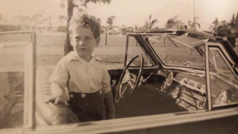 Roy's World: Barry Gifford's Chicagp photo of the young roy in a car