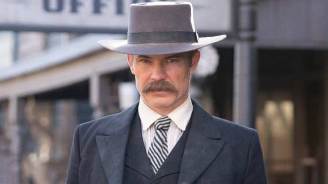 Timothy Olyphant as Seth Bullock