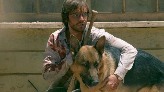 Aaron Stanford and Dog in The Hills Have Eyes remake.