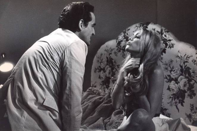 12+1 (Thirteen Chairs) with Sharon Tate & Vittorio Gassman
