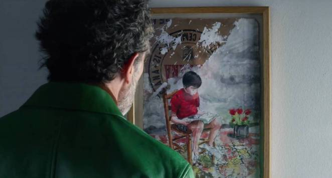 Salvador looking at the painting
