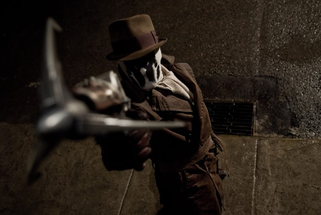 Rorschach about to use his grappling hook