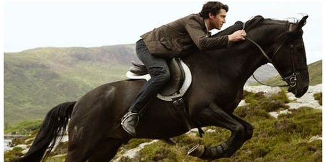 Tom Patrick Dempsey Riding Horse In Made of Honor