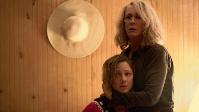 Laurie Strode hugs her daughter