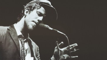 Tom Waits on stage