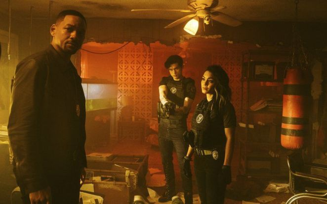 Mike stands with Rafe and Kelly at a crime scene