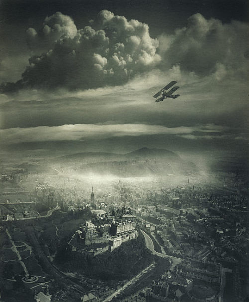 mudwerks:sealmaiden:  Alfred G Buckham Aerial view of Edinburgh 1920