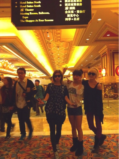 101202 Min's Twitter In Macao hotel :-) view in high-res