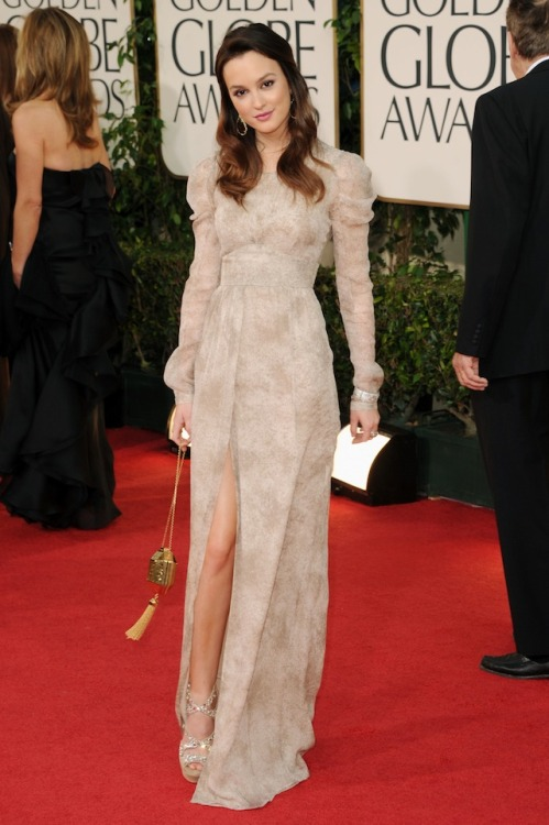 I like the Regency-inspired shape of Lieghton Meester's dress, but I could do without the sleeves.