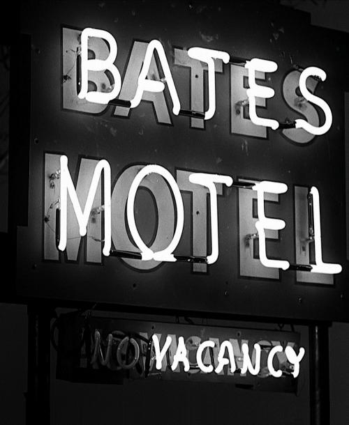 Psycho (1960, dir. Alfred Hitchcock)