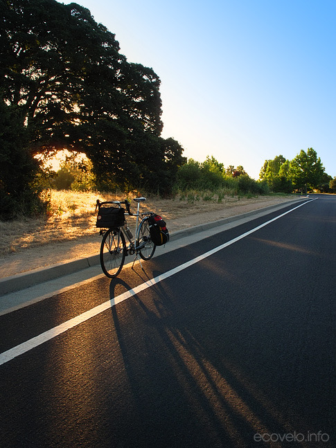 ecovelo: (via EcoVelo » Blog Archive » Thursday Morning Commute: Just About Perfect)